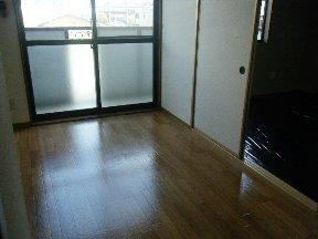 ニューシティー大沢Ⅱ 02030号室のリビング