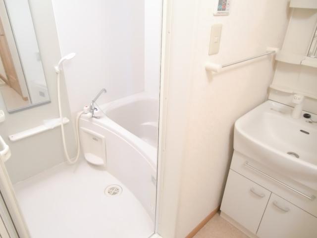 キャラバンサライ壱番館 02020号室の風呂