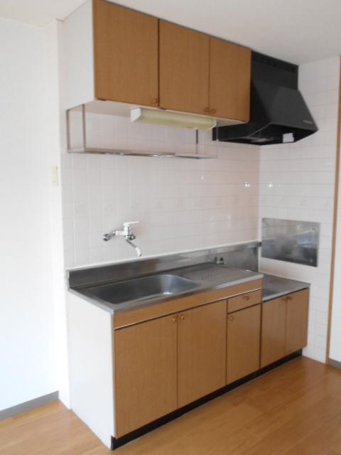 ローレルマンション 01020号室のキッチン