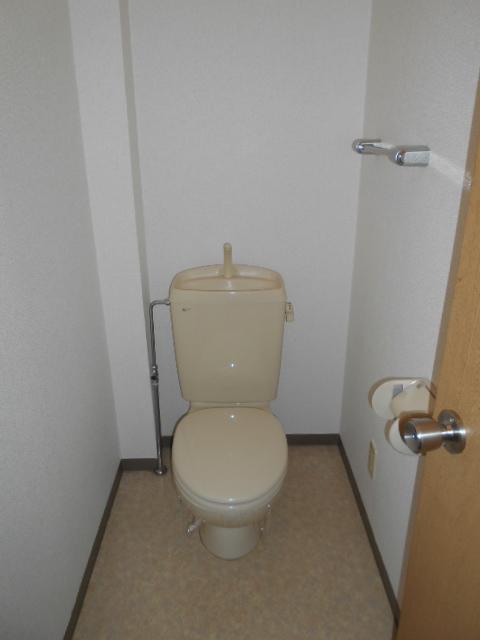 ローレルマンション 01020号室のトイレ