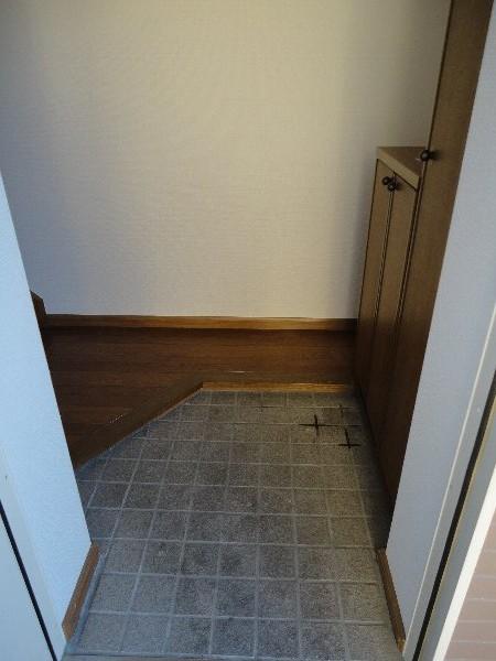 プラセール 02010号室の玄関