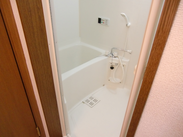 アルカンシェルコート 02020号室の風呂