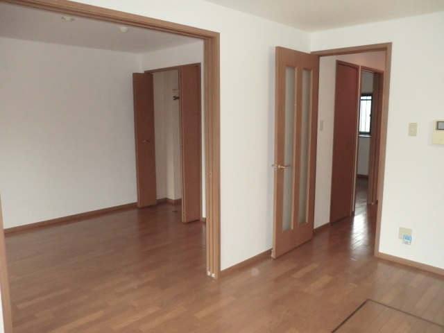 ラ・フォ-レ・フォンテ-ヌ 01030号室の居室