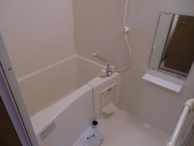 コーポ・アンソレイエ 02020号室の風呂