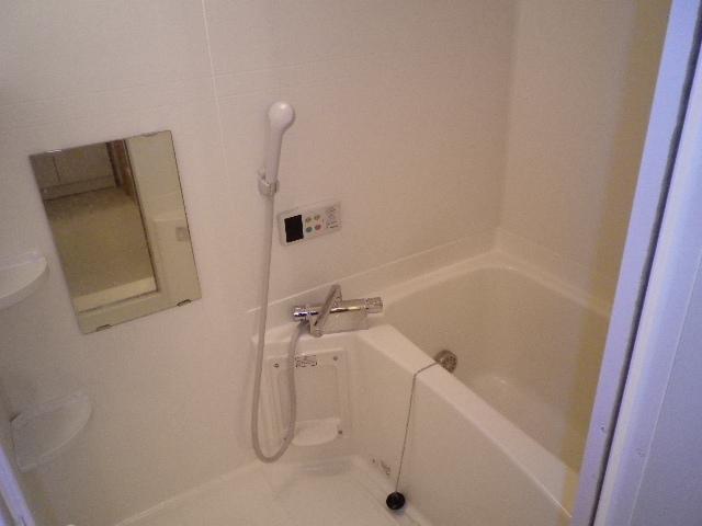 サンセールⅠ 02020号室の風呂