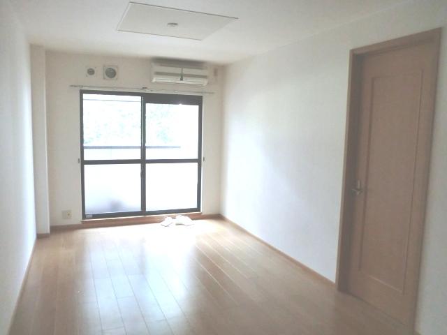 クロシェット・ボワ 03040号室の居室