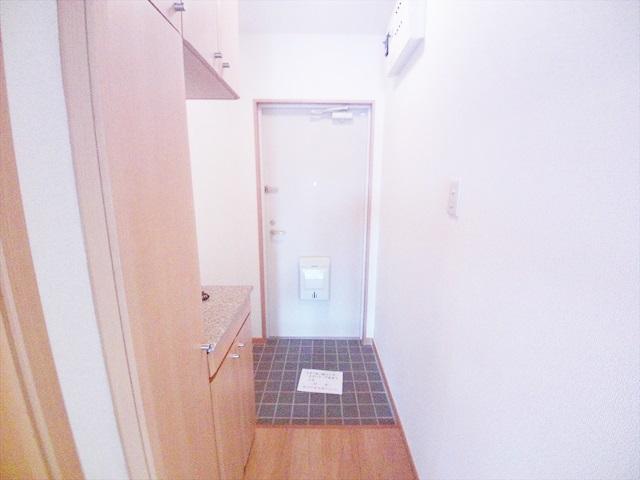 ルル-ディ フヨ 03030号室の玄関