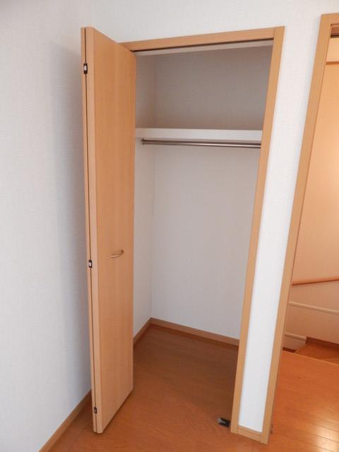モーヴ・カミカ 02020号室の収納