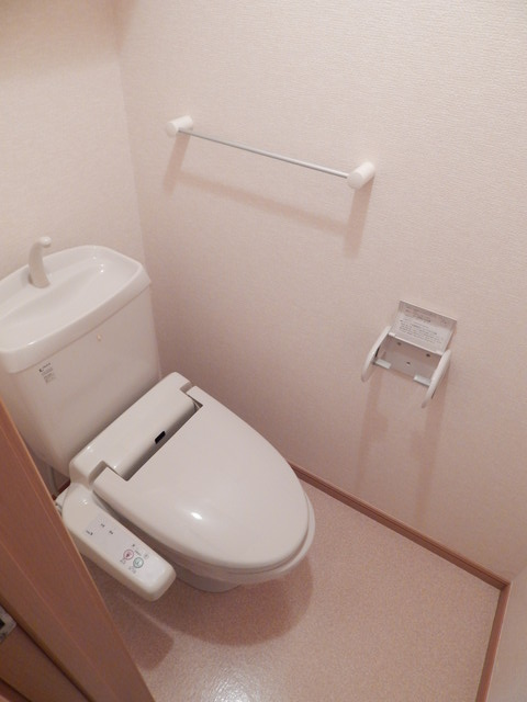モーヴ・カミカ 02020号室のトイレ