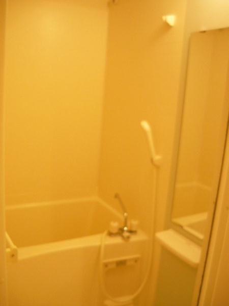 ハピネス北上尾 03030号室の風呂