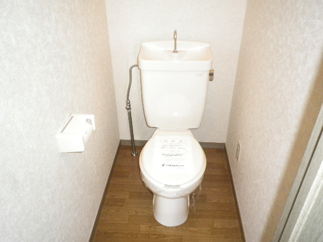 ビューテラス 01030号室のトイレ