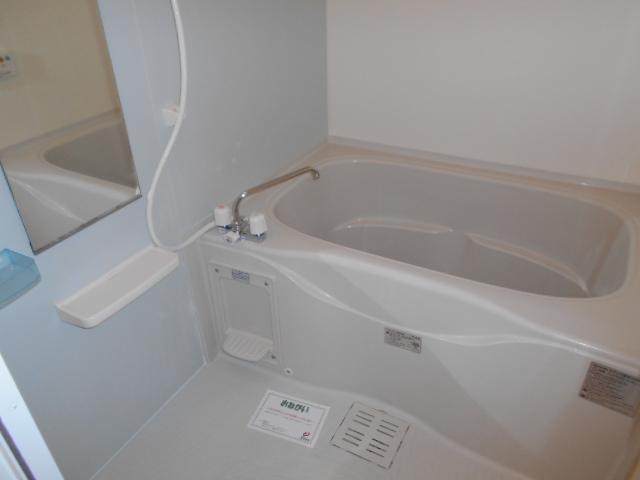 プリマヴェーラ 01010号室の風呂