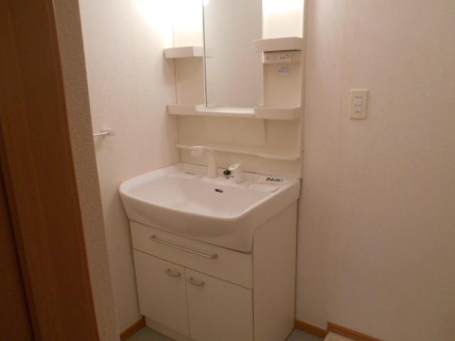 プリマヴェーラ 01010号室の洗面所