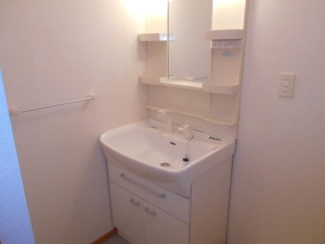 プリマヴェーラ 01030号室の洗面所