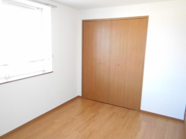 メゾン・エトワール1 02030号室のリビング