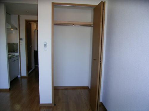 プレステージ 01020号室の収納