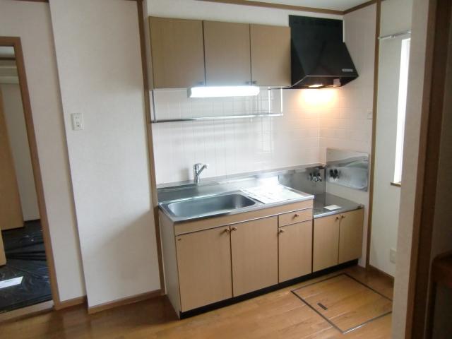 ルミエール B 01020号室のキッチン