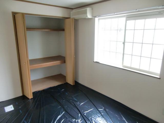 ルミエール B 01020号室の居室