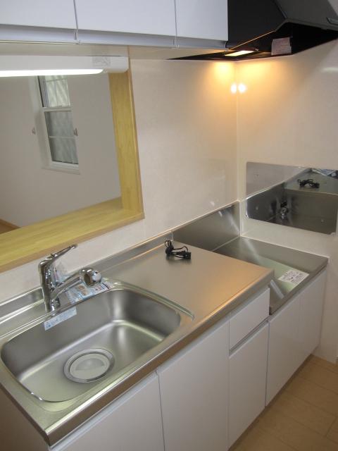 ル-ラルハ-モニ-TI B 01020号室のキッチン