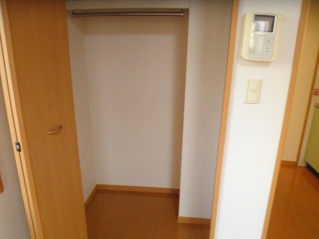 メゾン ソレイユ 03020号室の収納