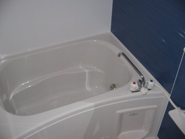 メゾン ソレイユ 01010号室の風呂