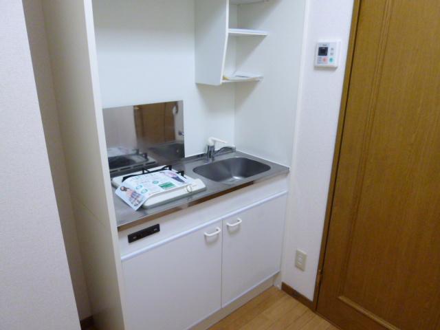 プチメゾンU 01010号室のキッチン