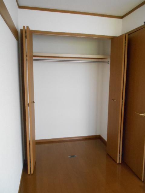 カーサ・カルマーレ 01010号室の収納