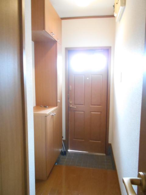 カーサ・カルマーレ 01010号室の玄関