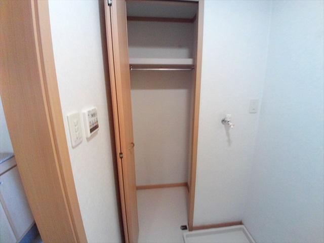 オーブ柏座 01010号室の収納