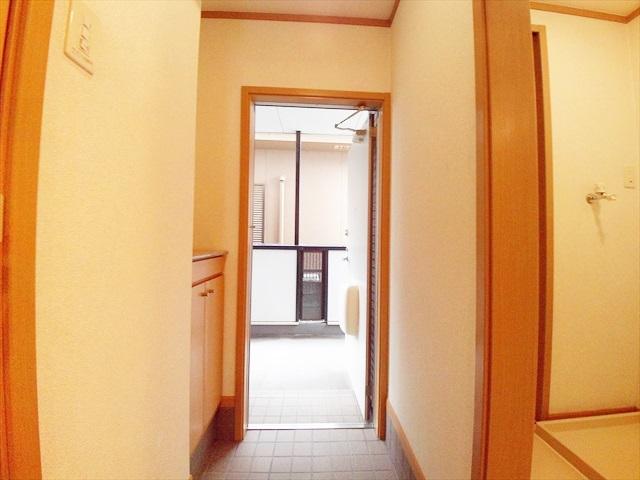 オーブ柏座 01010号室の玄関
