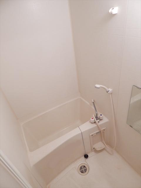 オーブ柏座 01030号室の風呂
