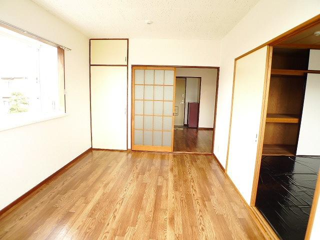 ブリッサ.セレ-ノA 02020号室の玄関