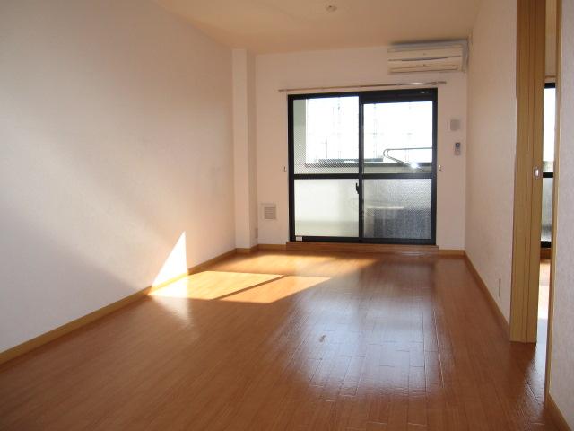 グランナチュール 03050号室のリビング