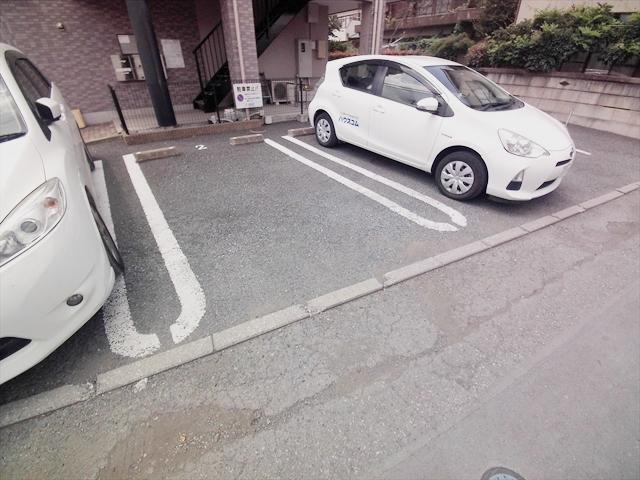 ソレア-ド 03020号室の駐車場