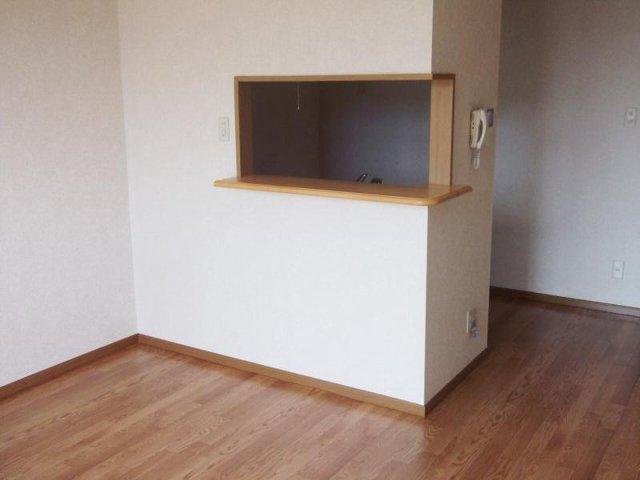 ウエストコートA 01020号室のリビング