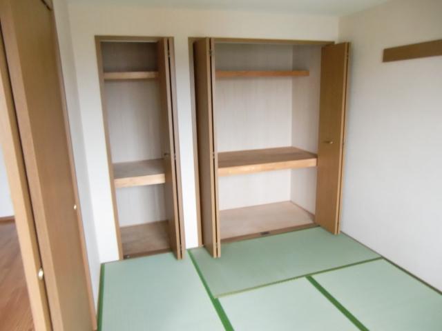 ウエストコートA 02020号室の居室