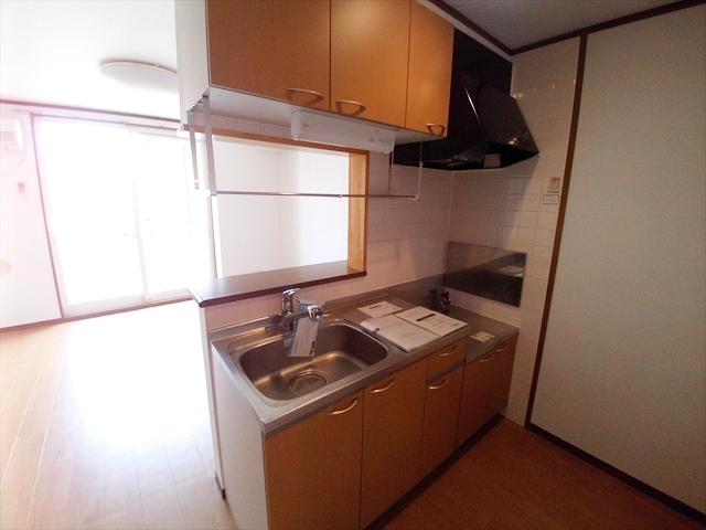 ジェニトーリⅡ 02010号室のキッチン