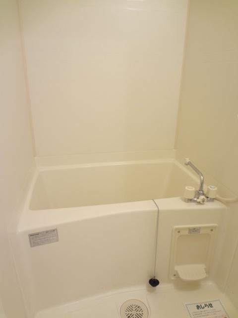 ツイン・ミラージュ 02030号室の風呂