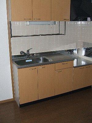 フォレスト・エマ1 02010号室のキッチン