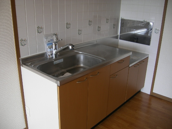 ペーシュ・ド・フルール 02020号室のキッチン