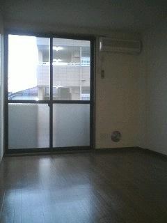 レジデンス・K・Two 01010号室のリビング