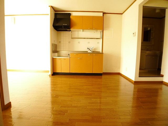 ラインロマンツェ 02030号室のリビング