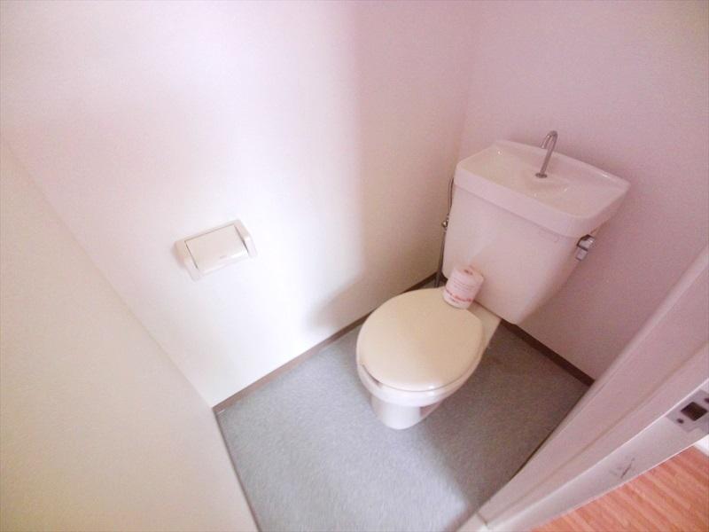 マロンガーデンT・K 02020号室のトイレ