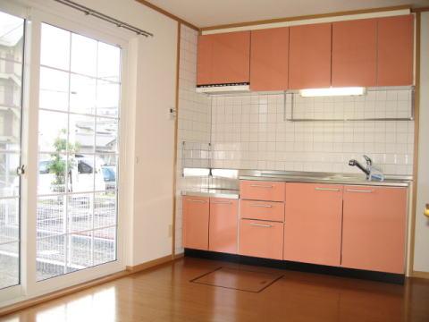 サンフラワーB 01010号室のキッチン