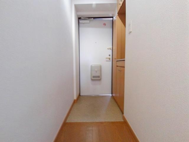 ゴールドレジデンスⅢ 03040号室の玄関
