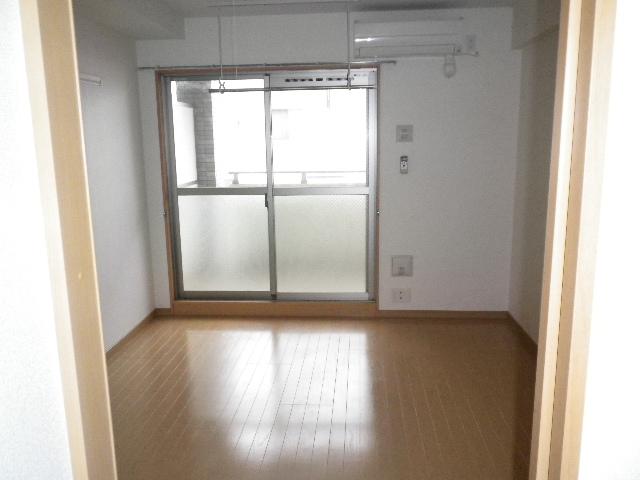 プレ・アビタシオン春日部Ⅰ 05050号室のリビング