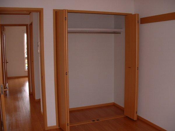 ウエスト 21 02010号室の収納