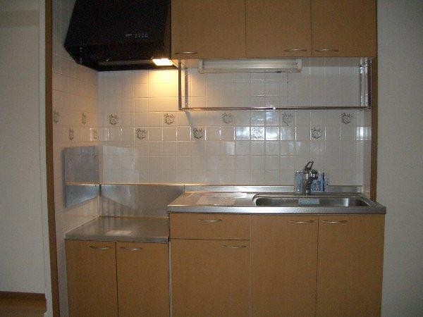 ラベンダー・K 02020号室のキッチン