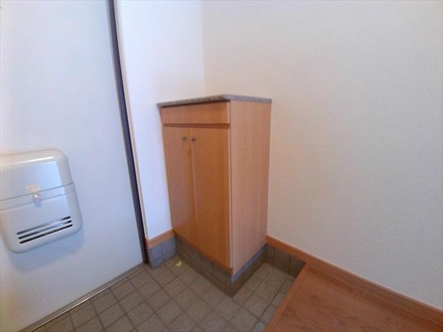 プロムナード 01020号室の収納