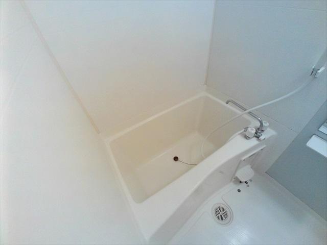プロムナード 01020号室の風呂